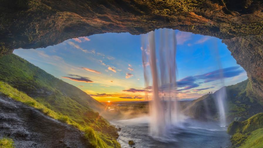 Нова теория за потъналия континент Исландия