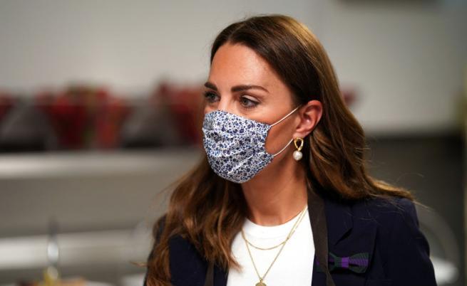 Херцогиня Катрин е в изолация след контакт със заразен с COVID-19