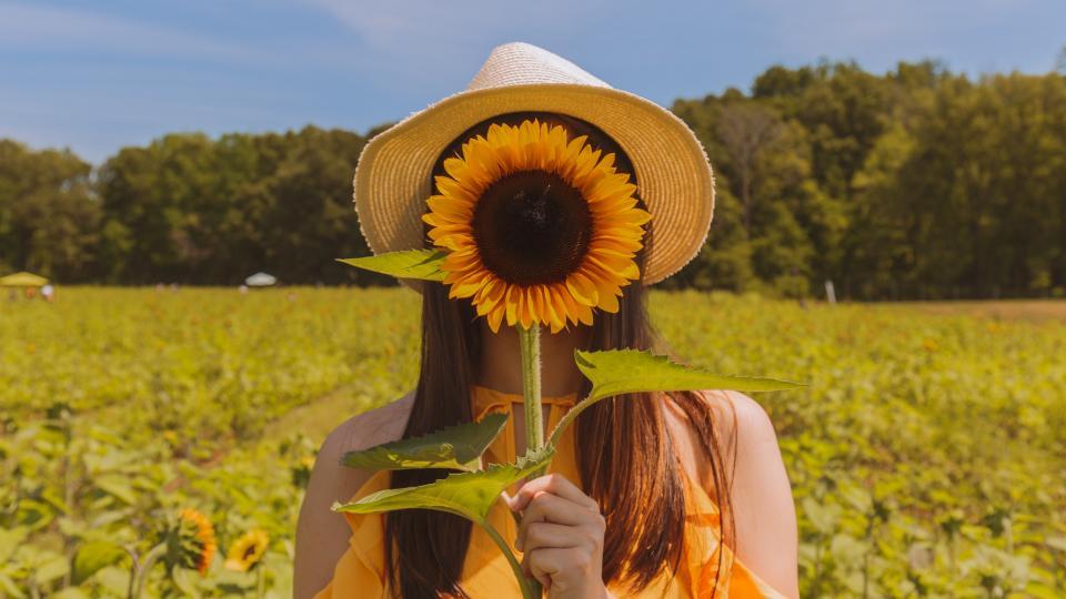 жени цветя