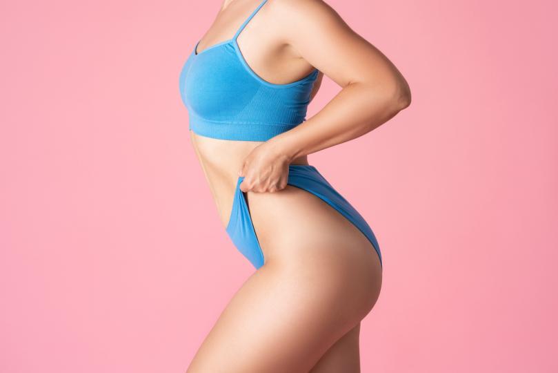 <p>Ако е прекалено тясно, значи не е добре за теб. Колкото по-стегнато е бельото ни, толкова по-малко кожата ни може да диша. Това също води до бактериални инфекции.</p>