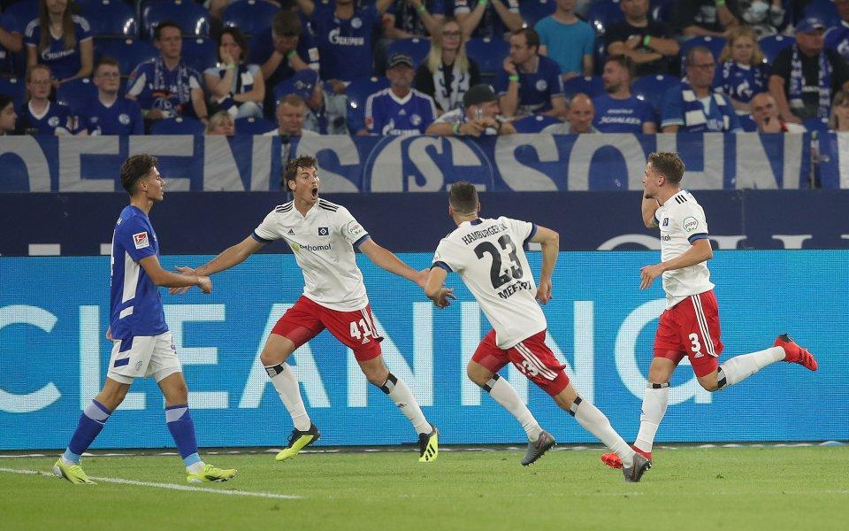 Шалке 04 стъпи накриво още на старта във Втора Бундеслига,