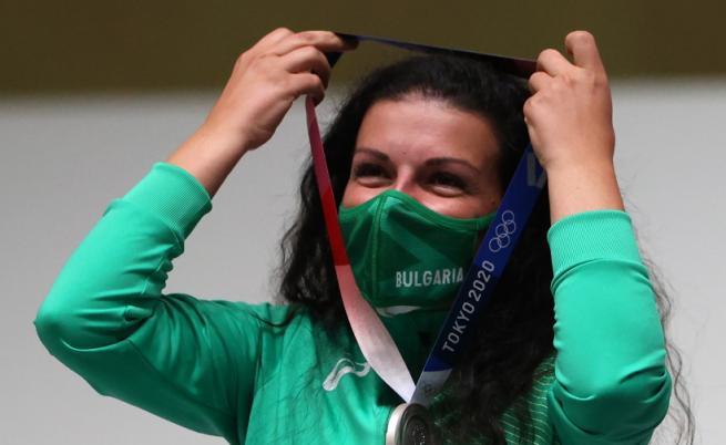 Успех за България на Токио 2020, Антоанета Костадинова спечели сребърен медал