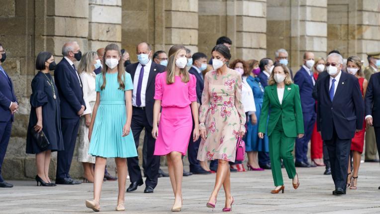 Кралица Летисия и дъщерите ѝ очароваха с новата си обща поява