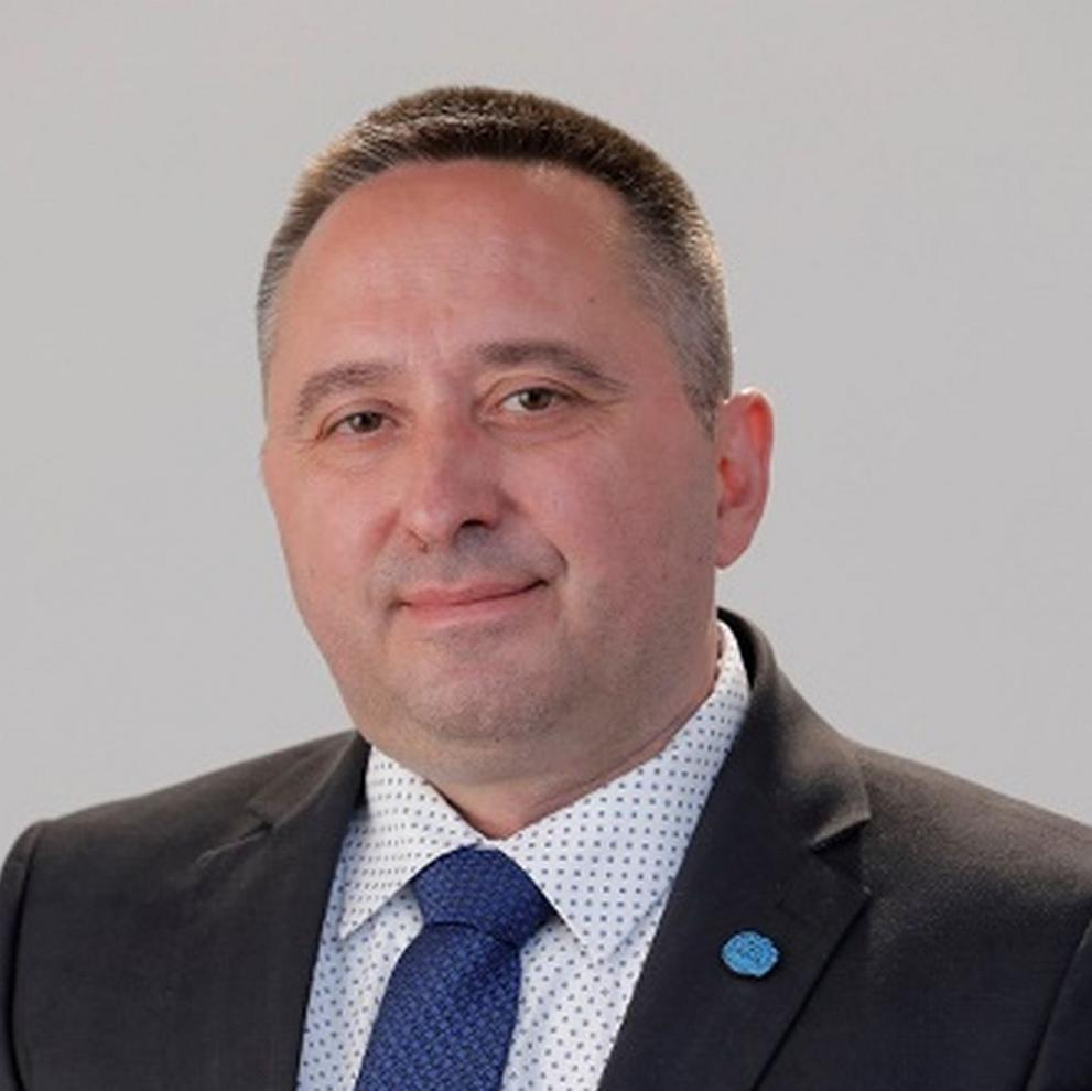 Момчил Иванов