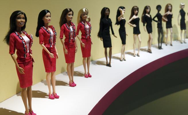 Barbie посвещава кукли на изявени жени в борбата срещу COVID-19