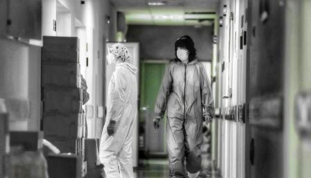 Отпускат допълнителни средства за болниците, които работят с COVID пациен ...