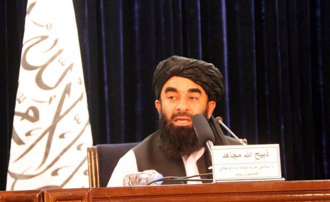 Талибаните се оплакаха, че САЩ им крадат кадрите