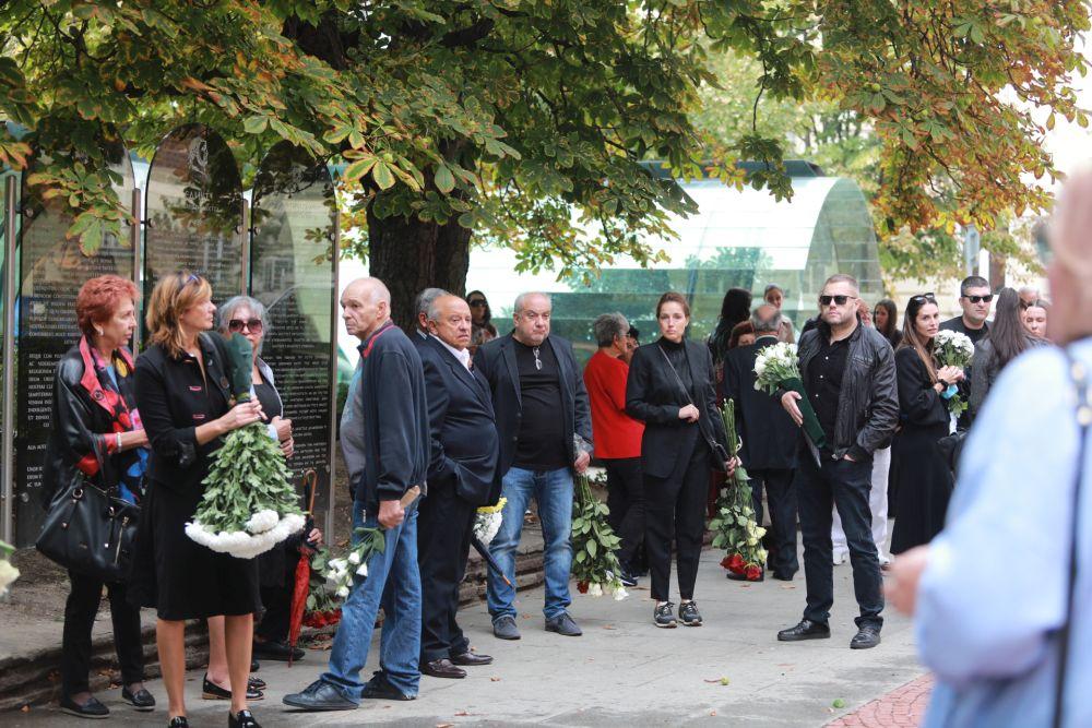 Близки и приятели си взеха последно сбогом с Борислав Дионисиев, който почина на 6 септември