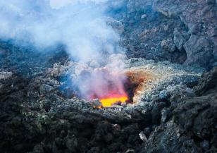 Вулканите Етна и Кумбре Виеха – зрелище и бедствие