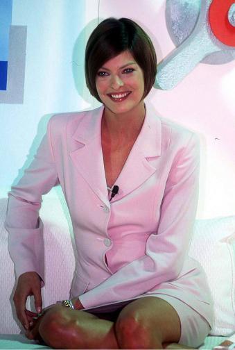 Линда Еванджелиста през 1995 година