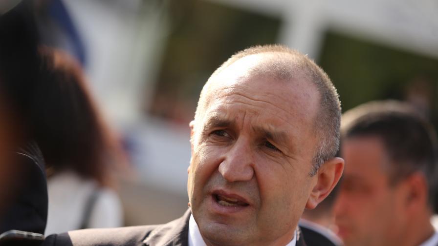 Румен Радев: Крайно време е Борисов да се кандидатира за президент
