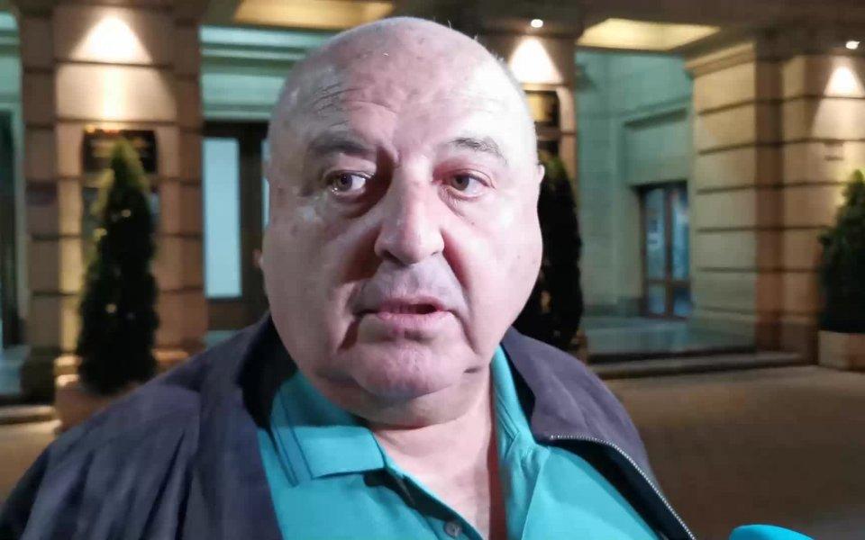 Силният човек в Славия - Венцеслав Стефанов, коментира пред репортери