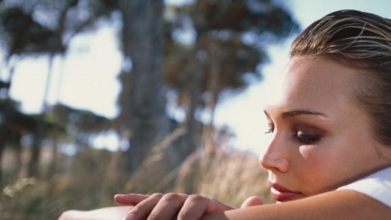взаимоотношения раздяла изневяра Из edna партньори труден период емоционалност самота