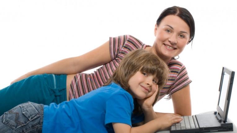 Асоциация Родители интернет родителски контрол възпитание общуване свободно време забрана
