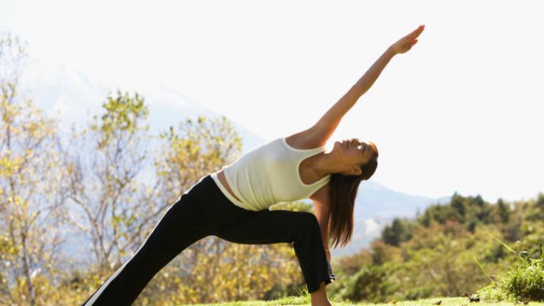 йога упражнения спорт тяло