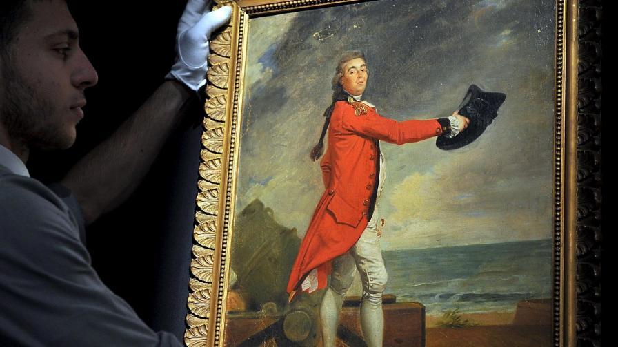 Платиха милиони за колекцията на Версаче