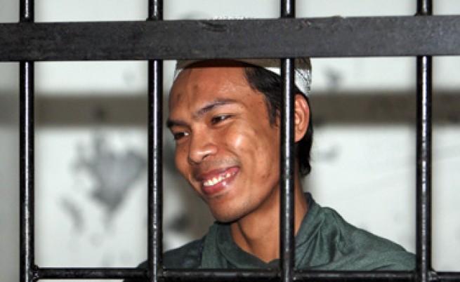 Сериен убиец пуска автобиография и албум в Индонезия