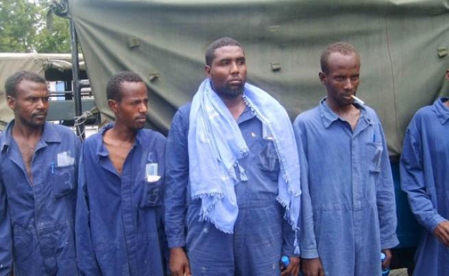 Кои са сомалийските пирати?