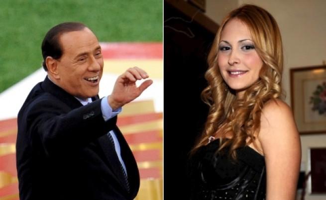 Скандал със снимки на Берлускони