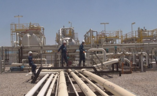 Цената на петрола стигна 71 долара за барел