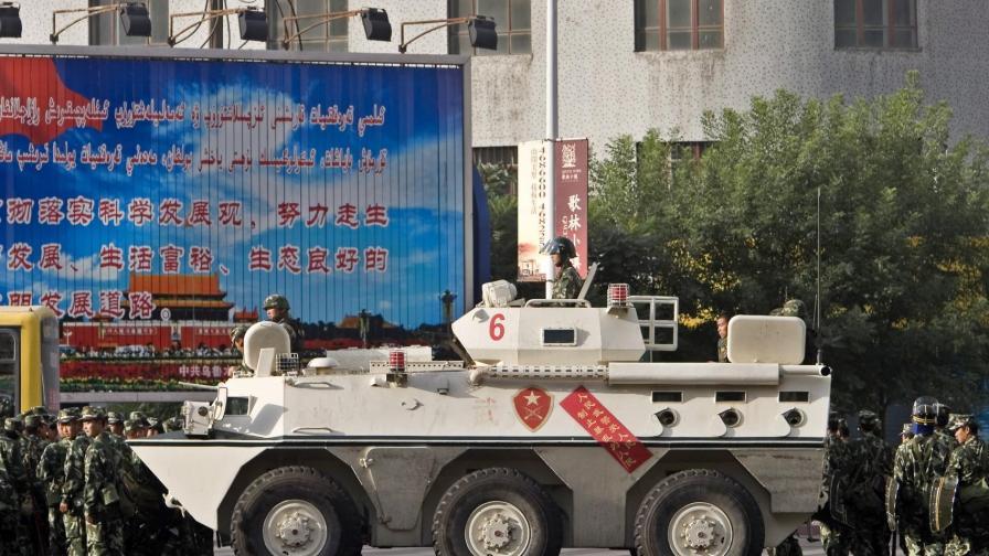 Ху Дзинтао се върна в Китай заради размириците в Урумчи