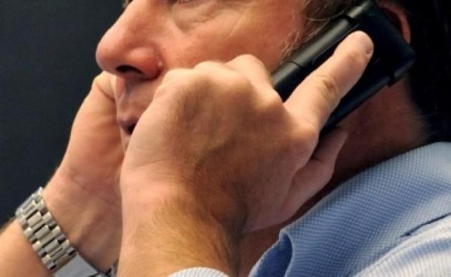 Вестници на Мърдок подслушвали телефони, за да събират необходима им информация