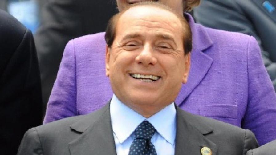 Силвио Берлускони: Обожавам жените