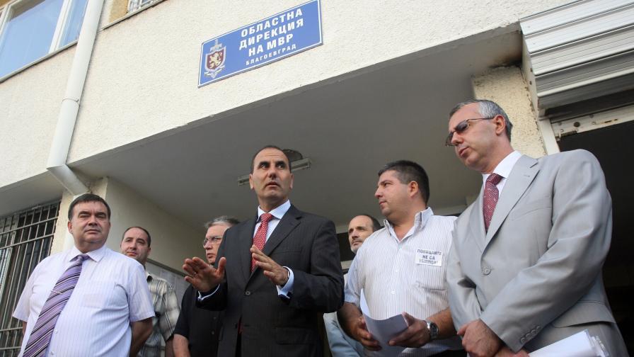 Цветанов: Аз не бих оставил полицаите в затвора