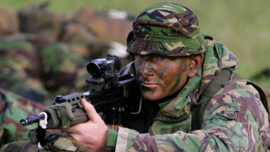 Британски спецчасти обучават либийски командоси