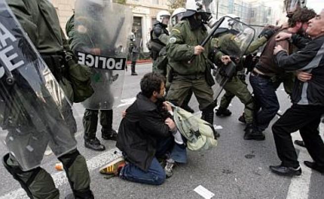 Безредици в Гърция, арестуван е и българин
