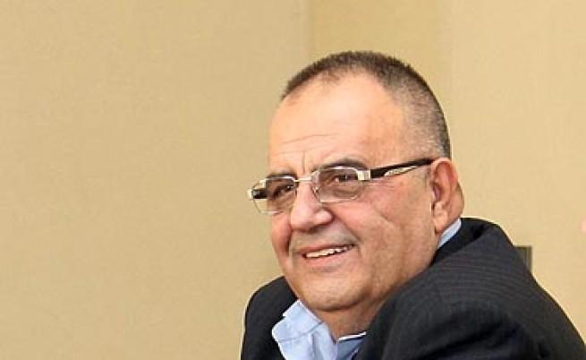 Борисов дърпа ушите на Божидар Димитров