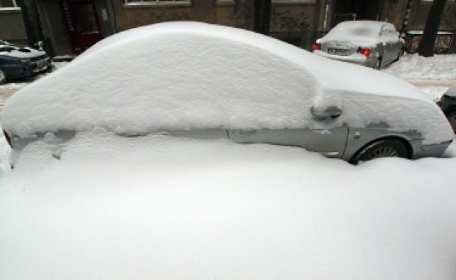Молдовски туристи блокирани от снега на Дуранкулак
