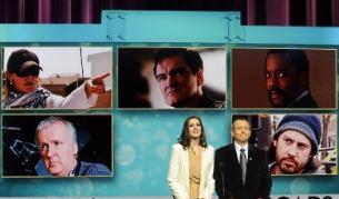 Актрисата Ан Хатауей и президентът на киноакадемията обявяват номинираните режисьори