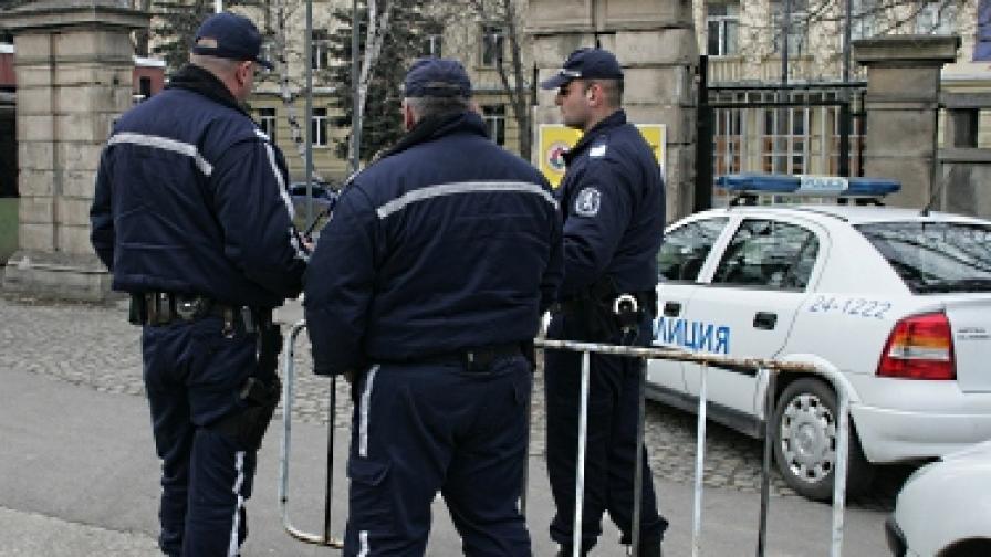 Синдикатите на МВР искат среща с Борисов, заплашват с протести