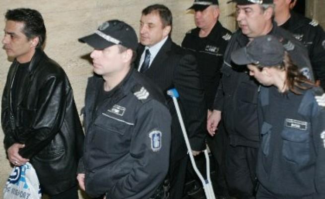 Съдът след 10 ч. заседание: Алексей Петров остава в ареста