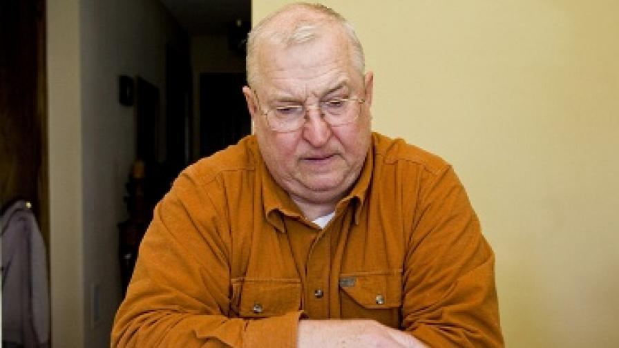 Като ученик този мъж е бил насилван сексуално от свещеника от Уисконсин Лорънс Мърфи