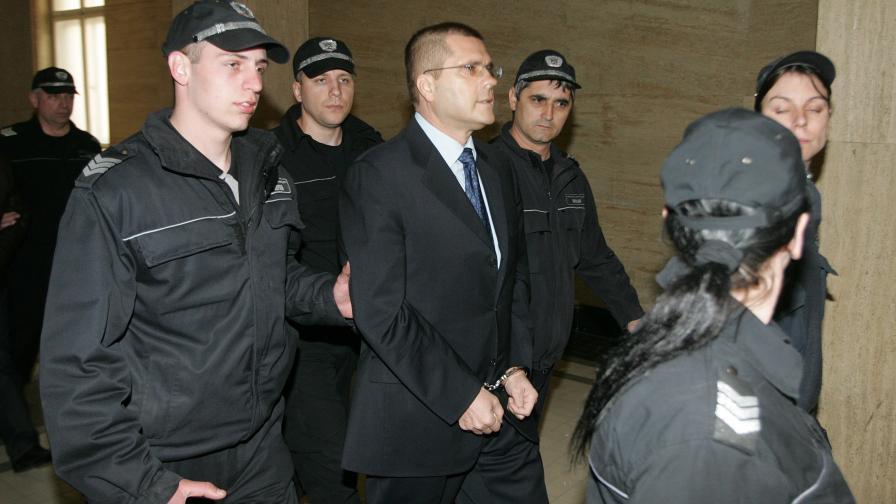 Съдът остави в ареста Николай Цонев и останалите