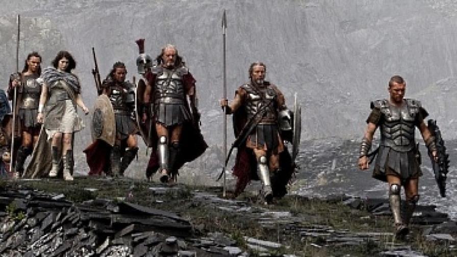 Персей се изправя срещу Хадес, за да спаси човечеството