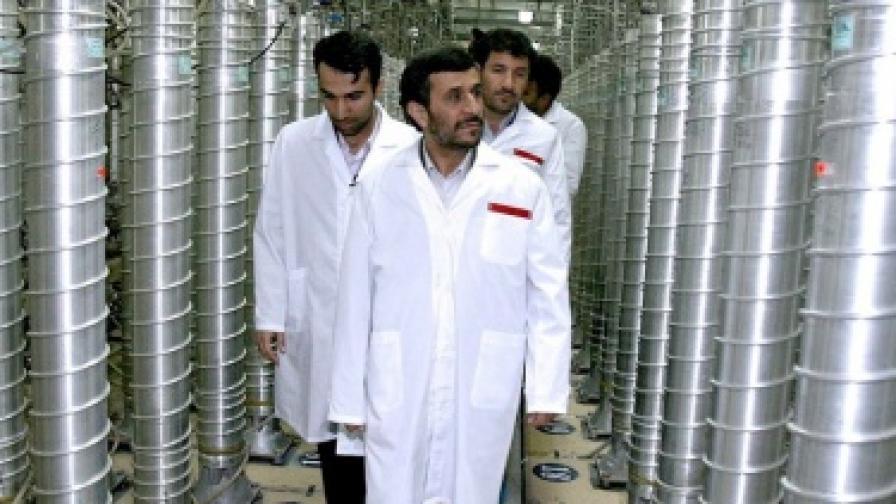 """Ахмадинеджад: Ветото в Съвета за сигурност е """"сатанинско"""""""