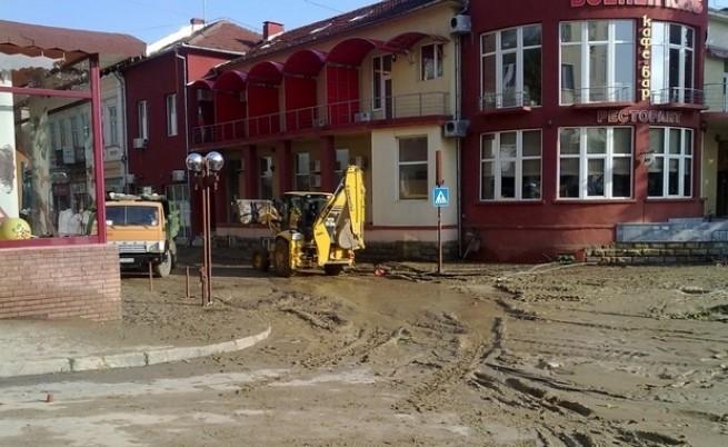 Бедствие застраши Свищов и развали празника на Плевен