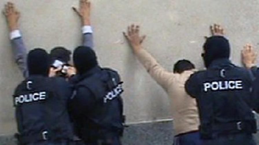 Няколко от членовете на групата бяха задържани на 18 май