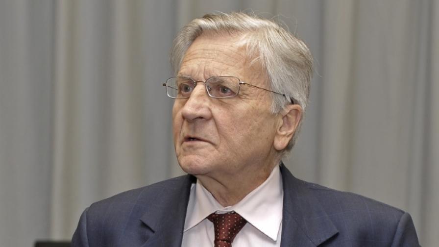 Европейската банка понижава прогноза за растежа