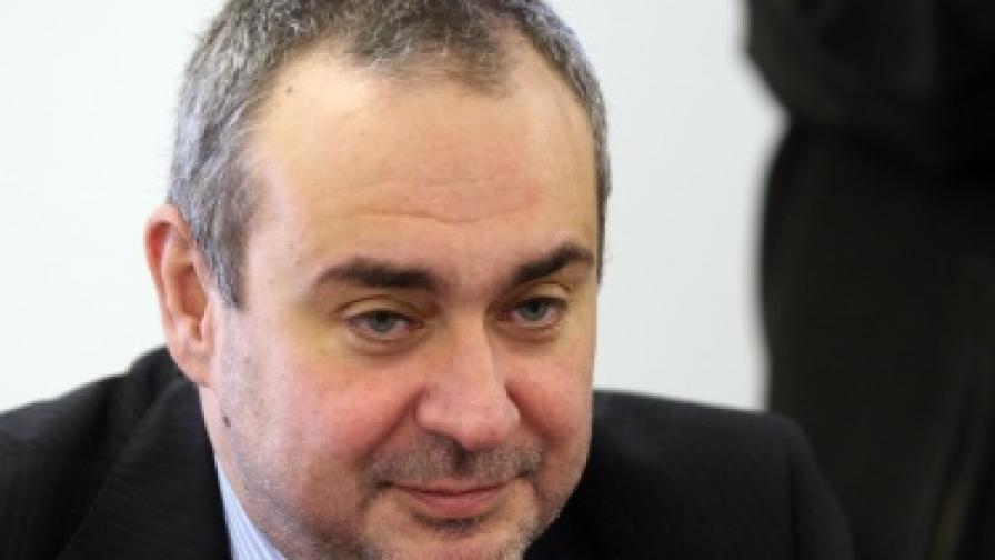Велчев: Съдът се справи брилянтно