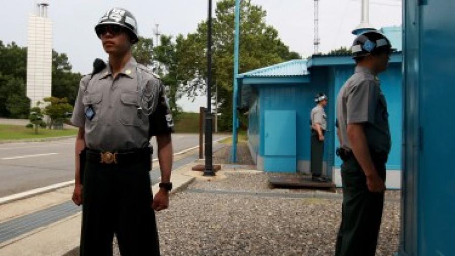 Роботи пазят границата между двете Кореи