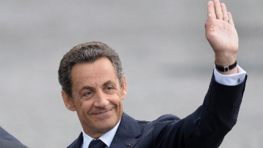 """Аферата """"Бетанкур"""" подкопава имиджа на Саркози"""