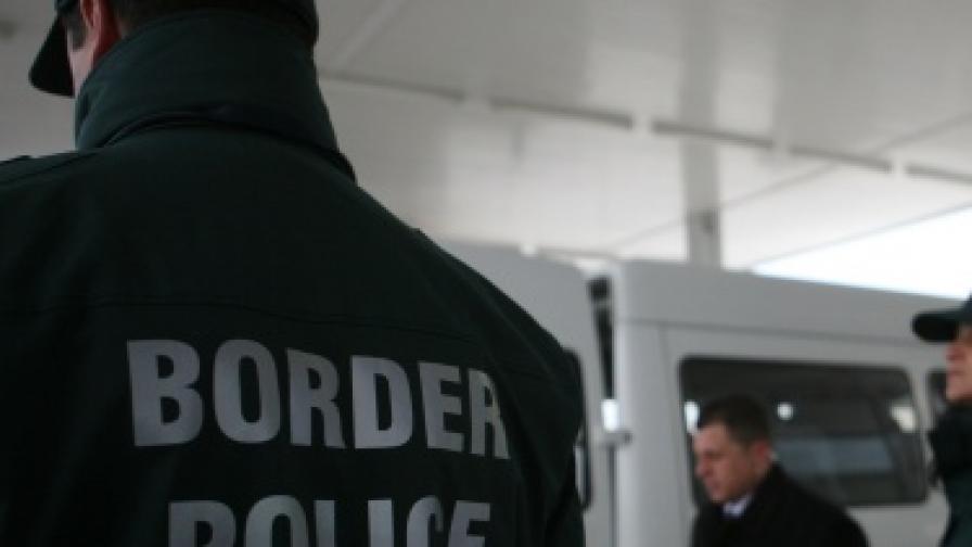 Сръбски митничари хванаха 50 кг хероин на нашата граница