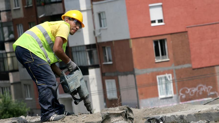 НСИ: Промишлеността расте, строителството също