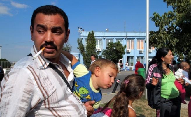 Интегриране на ромите? Опитайте със закона!