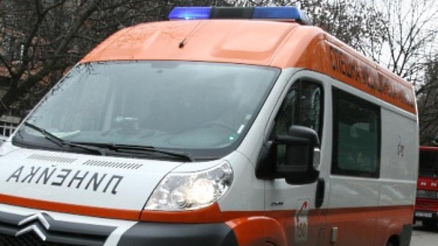 Жена и двете й деца пострадаха при експлозия на газ в Добрич