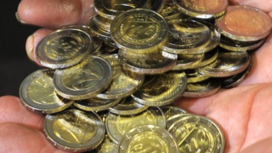МВФ: Богатите страни доближават крайни предели на задлъжнялост